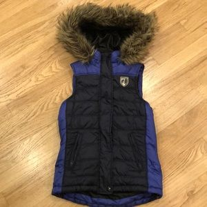 American Eagle Outfitters hooded puffer vest XS/TP